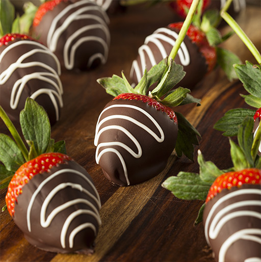 Our Chocolate Dipped Strawberries Gift Ideas for Mom & Dad